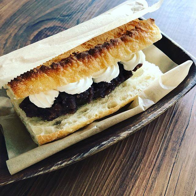 そして小倉トーストもあります。 #小倉トースト #豆乳クリーム #上尾 #トーストサンド #埼玉カフェ  #カフェ部 #葉の園 (Instagram)