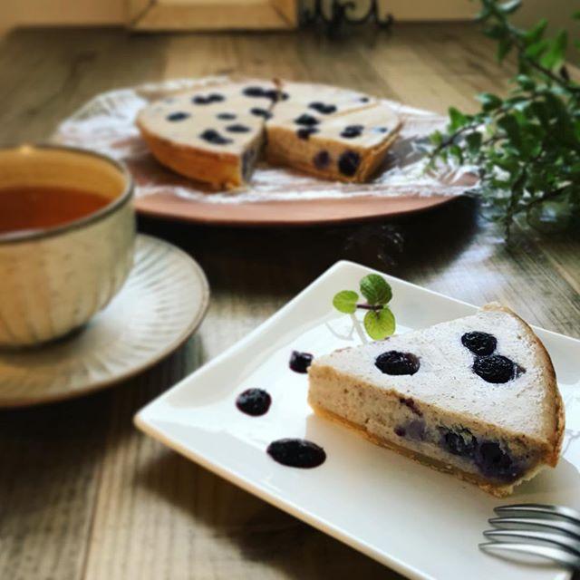 ブルーベリークラフティこちらは豆腐を使ったヴィーガンスイーツです。 ※卵乳製品不使用※数量限定#ヴィーガン #上尾カフェ #スイーツ #卵乳製品不使用 #ベジタリアン (Instagram)